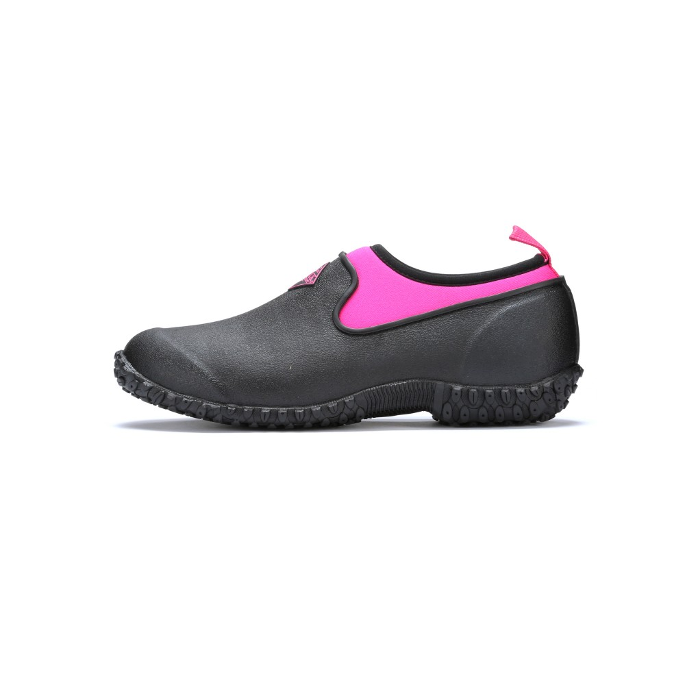 Muck Boots Muckster II Low Cut Waterproof Shoe, Black/Pink, M2LW-400