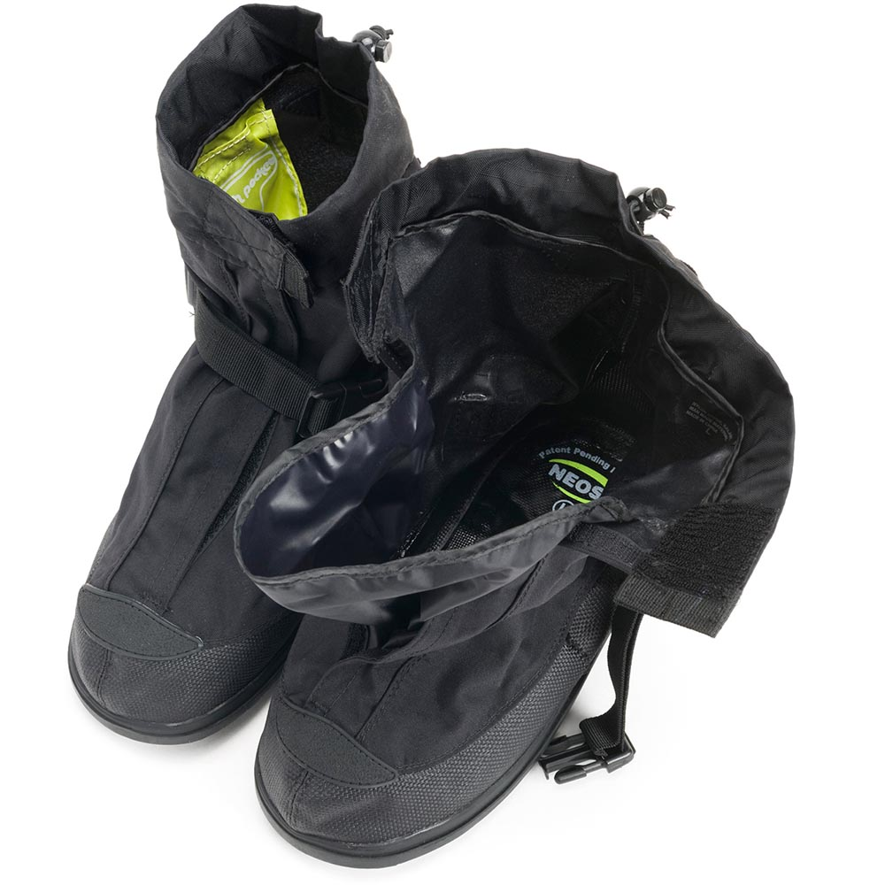 NEOS 11 in Voyager Overshoes with Heel & STABILicers Outsole, Black - VNS1HEEL
